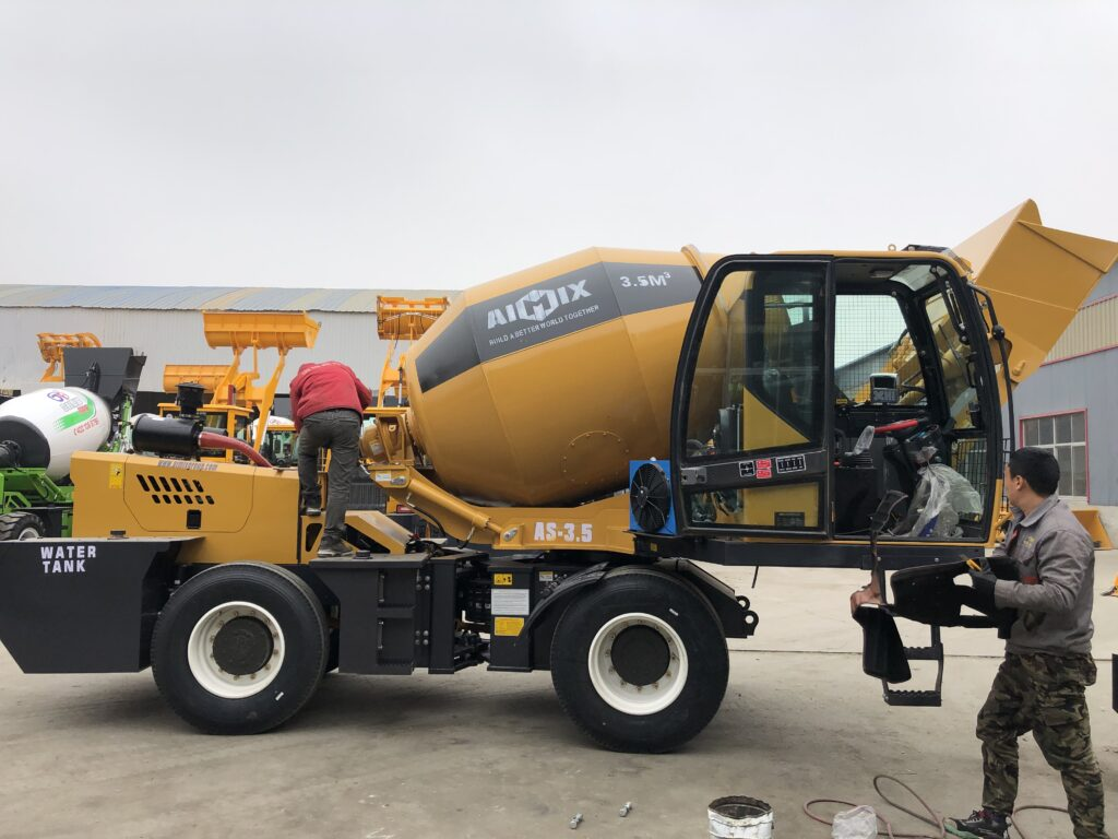 Aimix 3.5m3 Self Loading Concrete Mixer Truck Exported to Dominica