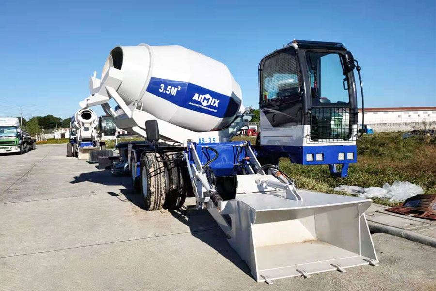 self loading mixer manufacturer